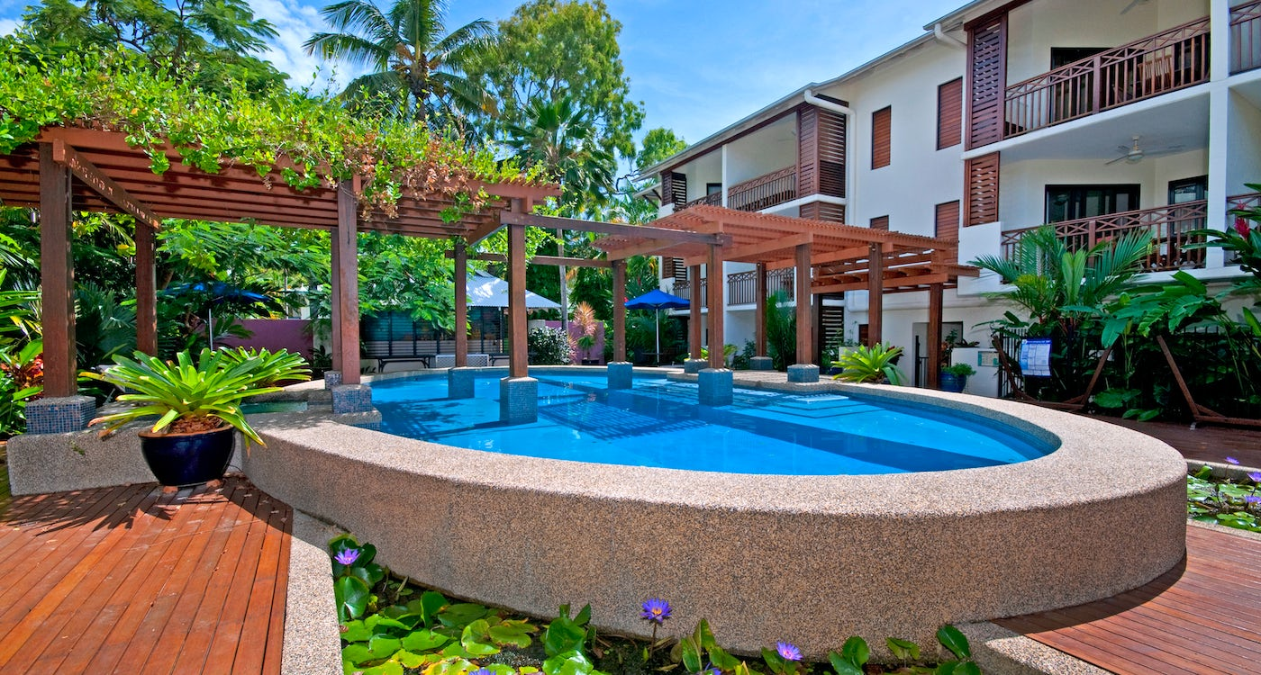 accommodation port douglas freestyle resorts stunning  outdoor pool