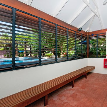 port douglas accommodation freestyle resorts outdoor pool change rooms