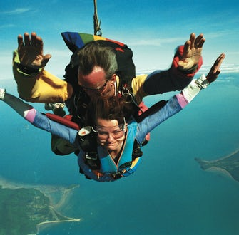 tandem skydive in port douglas